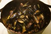 Steamed Mussels With Wine