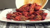 Tips To Eat Crawfish
