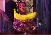 Solange Goes Bananas