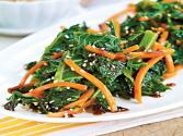 Kale, Carrots &amp; Sesame Seeds With Stir-fry Sauce 