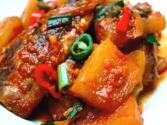 Korean Food: Spicy Mackerel Fish Stew (고등어 조림)