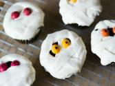 Mummy Cupcakes: Halloween Tips And Tricks