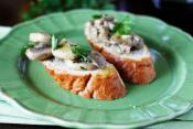 Mushroom Crostini With Mascarpone & Truffle Oil