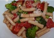 Gluten Free Penne With Tomato And Broccoli