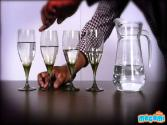 Sounds From Wine Glasses - Cool Science Experiment