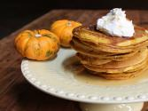 How To Make Thanksgiving Pumpkin Pie Pancakes