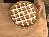 "Raw Food Holiday Recipe: ""pumpkin"" Pie"