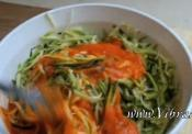 Raw Zucchini Pasta In Red Pepper Sauce