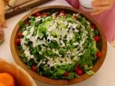 Delicious Raw Salad With Dressings