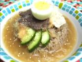 Korean Food: Cold Buckwheat Noodle Soup (물냉면)
