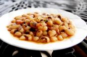 Seasoned Black Eyed Peas With Bacon
