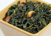 Seasoned Kale With Nuts