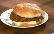 Sloppy Joes With Onion Rings
