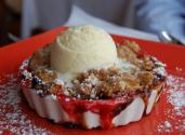 Strawberry Rhubarb Crispy