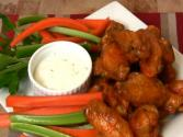 Super Bowl Recipe: Garlic & Habanero Hot Wings And Lemon Pepper Wings