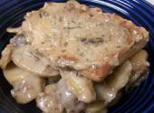 Swiss Steak With Sour Cream En Casserole
