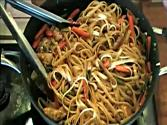 Thai Peanut Noodles With Chicken