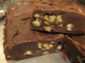 Chocolate And Walnut Fudge