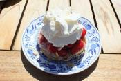 Whipped Pudding With Strawberries