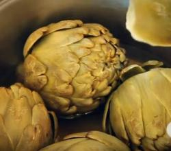 Easy Steamed Artichokes with Tangy Dipping Sauce