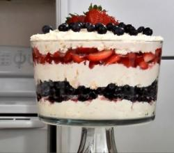 Creamy 4th of July Trifle