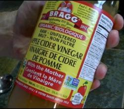 5 Reasons to Drink Apple Cider Vinegar