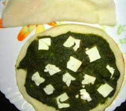 Dosa with Masala palak and Feta cheese topping