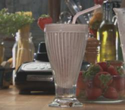 Fruit Milkshake in 20 Seconds!