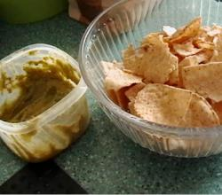 Four Ways To Eat Hummus And Pita Chips