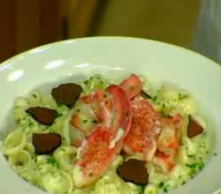 Lobsters with Cheesy Pasta and Truffles