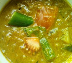 Mixed vegetable curry (Drumstick, potato & brinjal gravy)