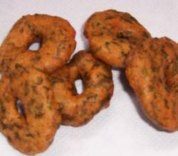 Spinach or Palak  Vada
