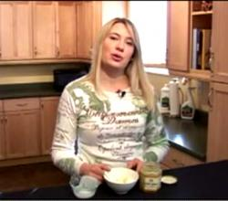 How to Make Raw Kefir with Honey