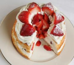 Quick Baked Strawberry Shortcake