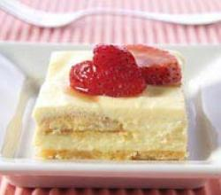 Strawberry Shortcake Pudding Squares