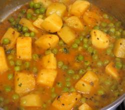 Aloo Mattar with Kasuri Methi