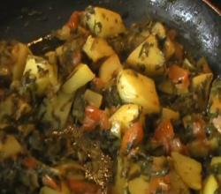 Aloo Methi / Potatoes Fenugreek Leaves - Indian Food