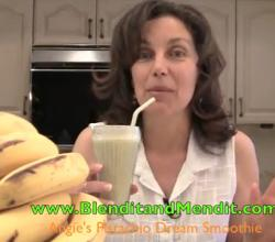 Fruit and Pistachio Anti Aging Vegan Smoothie