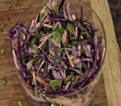 The Perfect Apple Cabbage Salad to Keep Your Health On Track