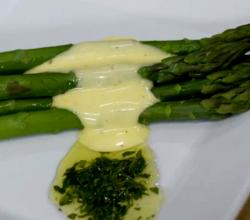 French Asparagus With Luscious Hollandaise