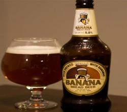 Banana Bread Beer from Wells in England Beer Review