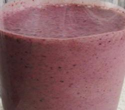 Banana, Fig, Flax Seed Smoothie
