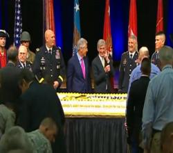 Army Cake At Pentagon Birthday Cake Cutting Ceremony