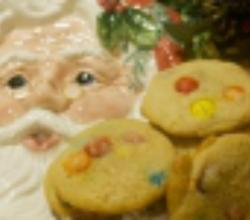 Santa's M&M Cookies: Cookie Jar