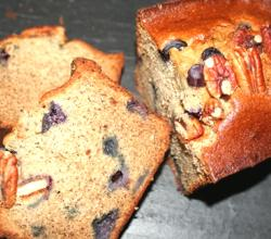 Easy Buttermilk Banana Blueberry Bread