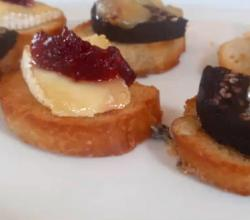 Soft Brie and Cranberry Baked Crostini