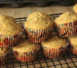 Brown Butter And Pineapple Muffins