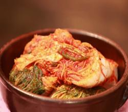 Cathlyn's Korean Kitchen Season 4 Episode 3 - Kimchi, the Heart and Soul of Korean Food
