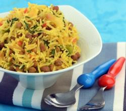 Chana Spinach Rice by Tarla Dalal