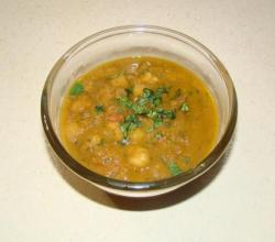 Chana With Gravy